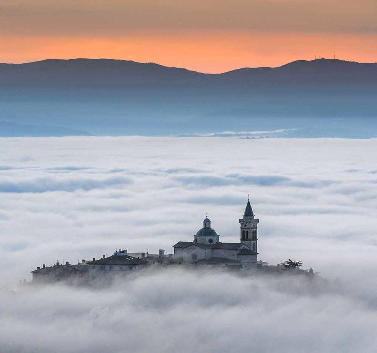 offerta-viaggio-vacanza-in-umbria-trevi-hotel-le-grazie-assisi