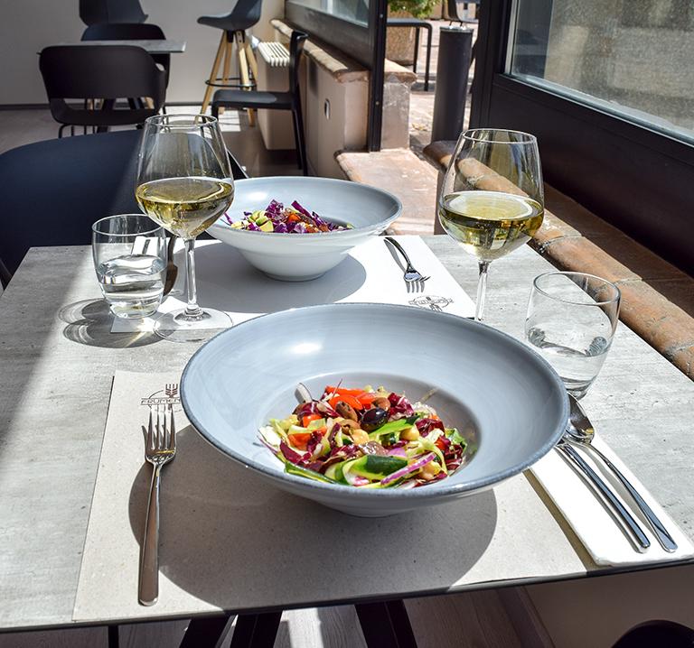 aperitivo-ristorante-frumentum-vacanze-in-umbria-perugia-hotel-le-grazie-assisi10