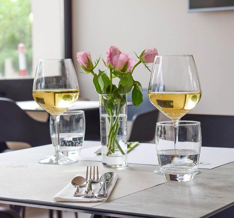 aperitivo-ristorante-frumentum-vacanze-in-umbria-perugia-hotel-le-grazie-assisi11