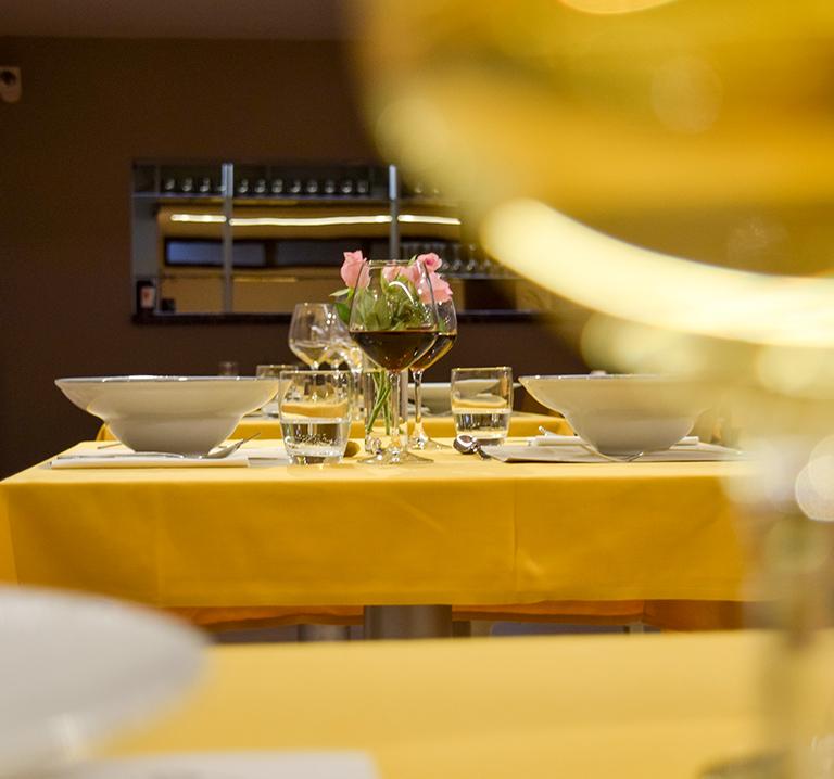 aperitivo-ristorante-frumentum-vacanze-in-umbria-perugia-hotel-le-grazie-assisi6