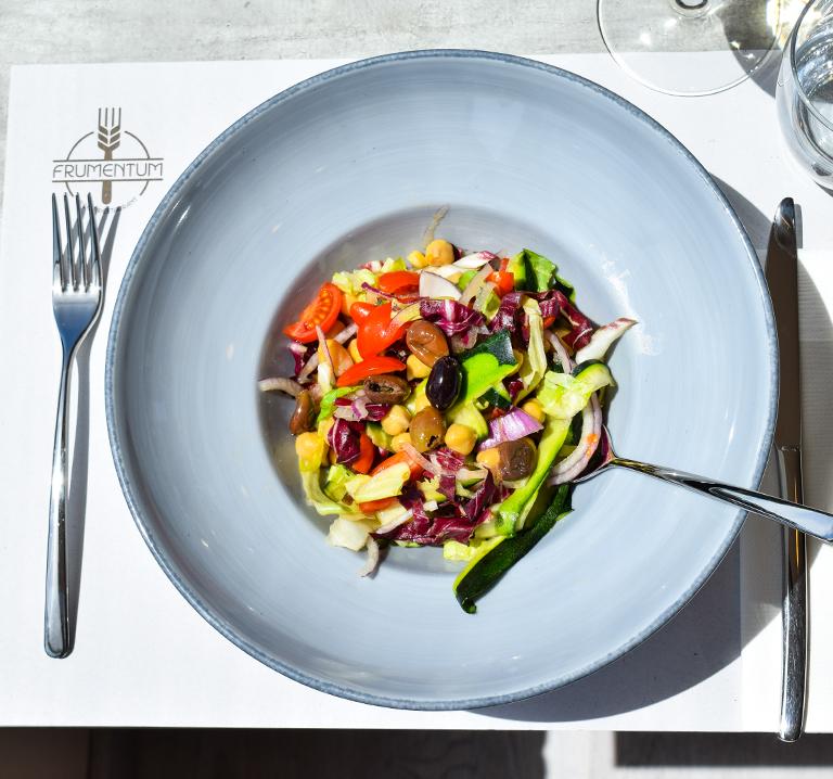 aperitivo-ristorante-frumentum-vacanze-in-umbria-perugia-hotel-le-grazie-assisi8